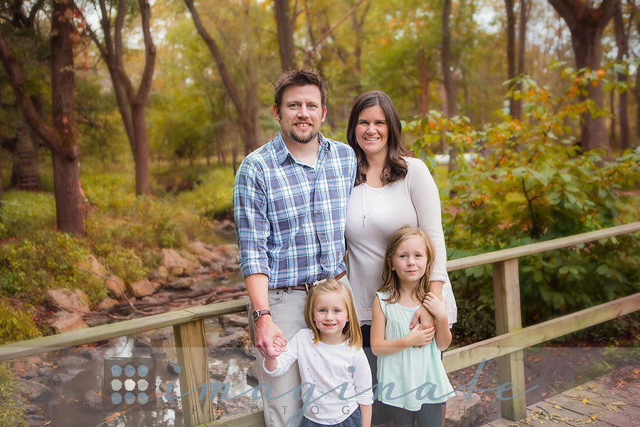 fall-family-pictures-outfit-ideas-fall-colors-11